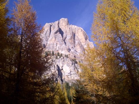 Tofana di Rozes vista dalla statale del Passo Falzarego